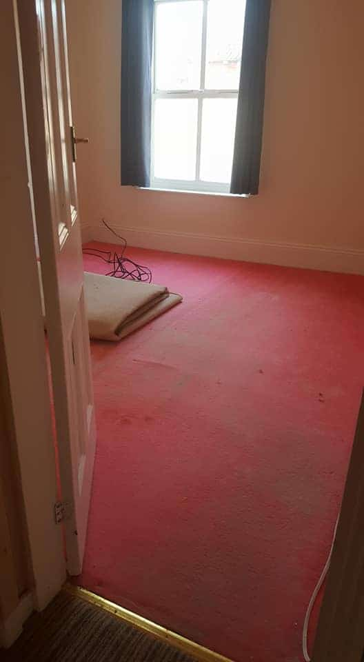 room with carpet underlay